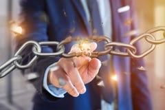 Punto debole di una catena rotta che esplode - 3d rendono Immagine Stock Libera da Diritti