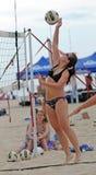 Punto del voleibol de la playa de las señoras Fotos de archivo libres de regalías
