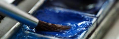 Punto della spazzola in pittura blu dell'acquerello Immagini Stock
