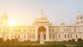 Punto di riferimento che costruisce Victoria Memorial in India archivi video