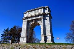 Punto di riferimento commemorativo nazionale dell'arco alla forgia della valle immagine stock