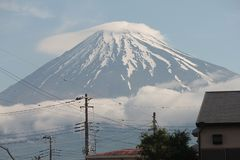 Punto di riferimento del Giappone, Fuji san che la montagna più bella fotografie stock libere da diritti