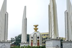 Punto di riferimento del monumento di democrazia a Bangkok Fotografia Stock Libera da Diritti