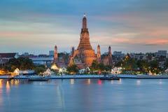 Punto di riferimento del tempio di Arun della Tailandia Fotografia Stock