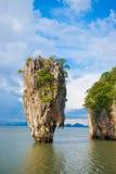 Punto di riferimento dell'isola di James Bond della baia di Phang Nga:: La Tailandia Fotografia Stock