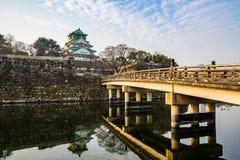 Punto di riferimento di Osaka Castle di Osaka nel Giappone fotografie stock