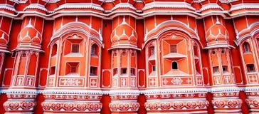 Punto di riferimento famoso del Ragiastan - palazzo del palazzo di Hawa Mahal della vittoria immagini stock libere da diritti