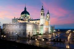 Punto di riferimento di Madrid alla notte Paesaggio di Santa Maria la Real de La Immagini Stock Libere da Diritti
