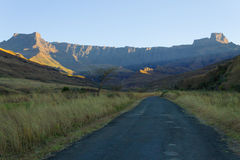 Punto di riferimento sudafricano, anfiteatro da Natal National reale P Fotografie Stock Libere da Diritti