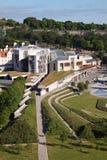 Punto di vista aereo del Parlamento scozzese fotografie stock