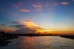 Punto di vista di Chao Phraya River al tramonto Fotografie Stock