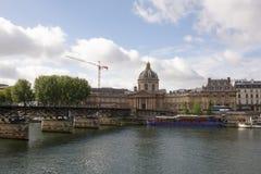 Punto di vista dell'istituto della Francia Sul ponte del cittadino di arti Fotografia Stock