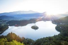 Punto di vista dell'uccello sul lago Bled in Slovenia Immagine Stock