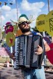 Punto di vista dell'uomo in brasiliano tipico, partito di Junina immagini stock