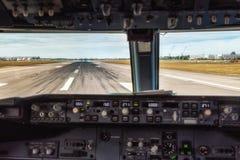 Punto di vista della cabina di pilotaggio immagini stock libere da diritti