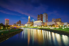 Punto di vista di Columbus Ohio Skyline del centro fotografie stock libere da diritti