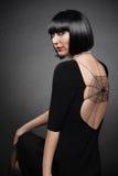 Punto di vista di giovane donna alla moda Immagine Stock