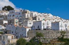 Punto di vista di Monte Sant ' Angelo. La Puglia. L'Italia. Immagini Stock