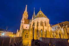 Punto di vista di notte di Matthias Church a Budapest Ungheria Immagini Stock Libere da Diritti