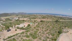 Punto di vista di panorama del figlio Servera & Cala Millor - volo aereo, Mallorca archivi video