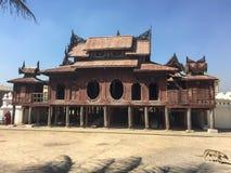 Punto di vista di Shwe Yan Phe Monastery in Nyaung Shwe, Myanmar Fotografia Stock