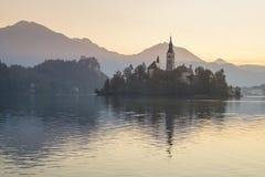 Punto di vista di tramonto di Julian Alps, lago sanguinato Fotografia Stock Libera da Diritti