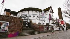 Punto di vista esterno del GlobeTheatre di Shakespeare Immagine Stock Libera da Diritti