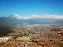 Punto di vista Jade Dragon Snow Mountain dell'uccello nell'inverno Fotografia Stock Libera da Diritti