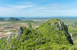 Punto di vista di Khao Daeng della montagna della roccia Prachuap Khiri Khan Thailand immagini stock