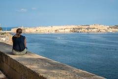 Punto di vista La Valletta della donna immagine stock libera da diritti