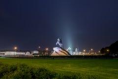 Punto di vista di notte del cavallerizzo bronzeo immagine stock libera da diritti