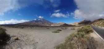 Punto di vista panoramico di Pico del Teide su Tenerife Fotografia Stock Libera da Diritti