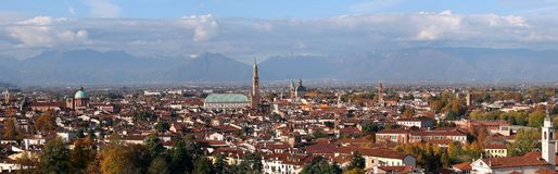 Punto di vista panoramico di Vicenza Italy Incredible molto ampio-angleHD Immagine Stock Libera da Diritti