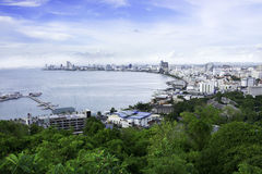 Punto di vista per vedere curva della spiaggia di Pattaya, Tailandia Fotografia Stock Libera da Diritti