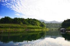Punto di vista Pom pi. Parco nazionale di Khao Laem Immagine Stock Libera da Diritti