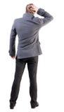 Punto di vista posteriore dell'uomo di pensiero di affari in cappotto Fotografia Stock Libera da Diritti