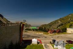 Punto di vista di Shymbulak Ski Resort Hotel a Almaty, il Kazakistan Immagini Stock Libere da Diritti