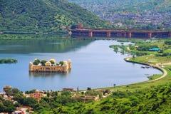 Punto di vista superiore del Jal Mahal di Jaipur Immagini Stock