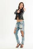 Punto di vista superiore di giovane donna attraente in jeans Immagini Stock Libere da Diritti