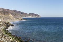 Punto focale Mugu della strada principale della costa del Pacifico di Malibu Immagini Stock Libere da Diritti