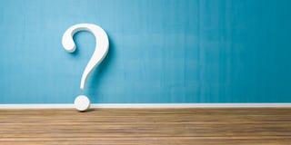 Punto interrogativo bianco alla parete concreta blu di lerciume Fotografia Stock Libera da Diritti