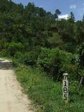 Punto kilométrico vía rural Fotografía de archivo