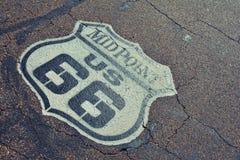 Punto mediano en Route 66 histórico Imagen de archivo