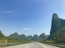 Puntos escénicos de Guilin en el camino Foto de archivo libre de regalías