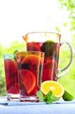 punzone della brocca di vetro della frutta Fotografie Stock