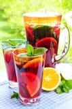 punzone della brocca di vetro della frutta Immagine Stock Libera da Diritti