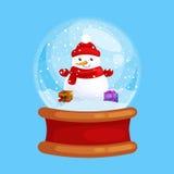 Pupazzo di neve di Natale che giudica presente in vetro del globo per natale, la decorazione di vacanza invernale, bianchi in cap Immagine Stock Libera da Diritti