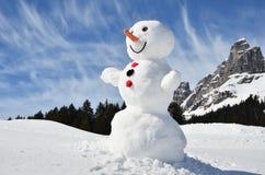 Pupazzo di neve nelle alpi svizzere Fotografie Stock