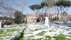 Pupazzo di neve a Roma archivi video