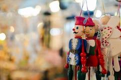 Puppen hergestellt vom Holz lizenzfreies stockfoto